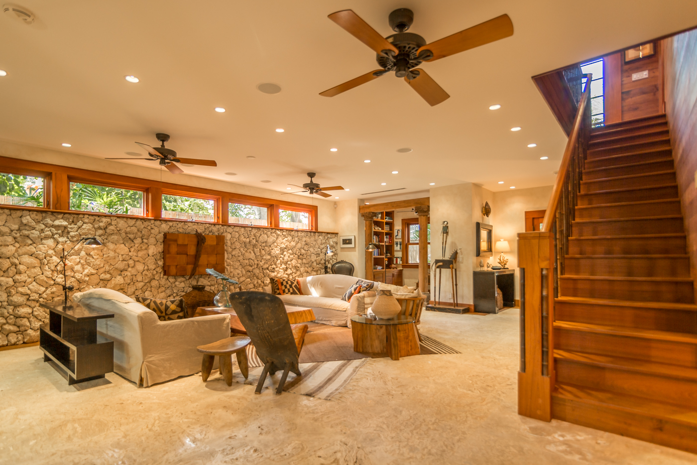 908 Fleming Street living room