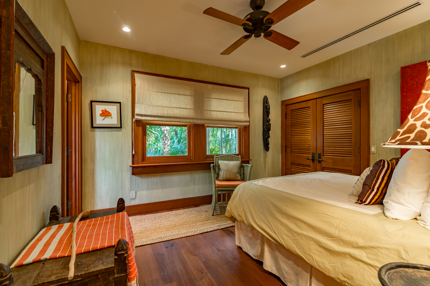 908 Fleming Street guest bedroom