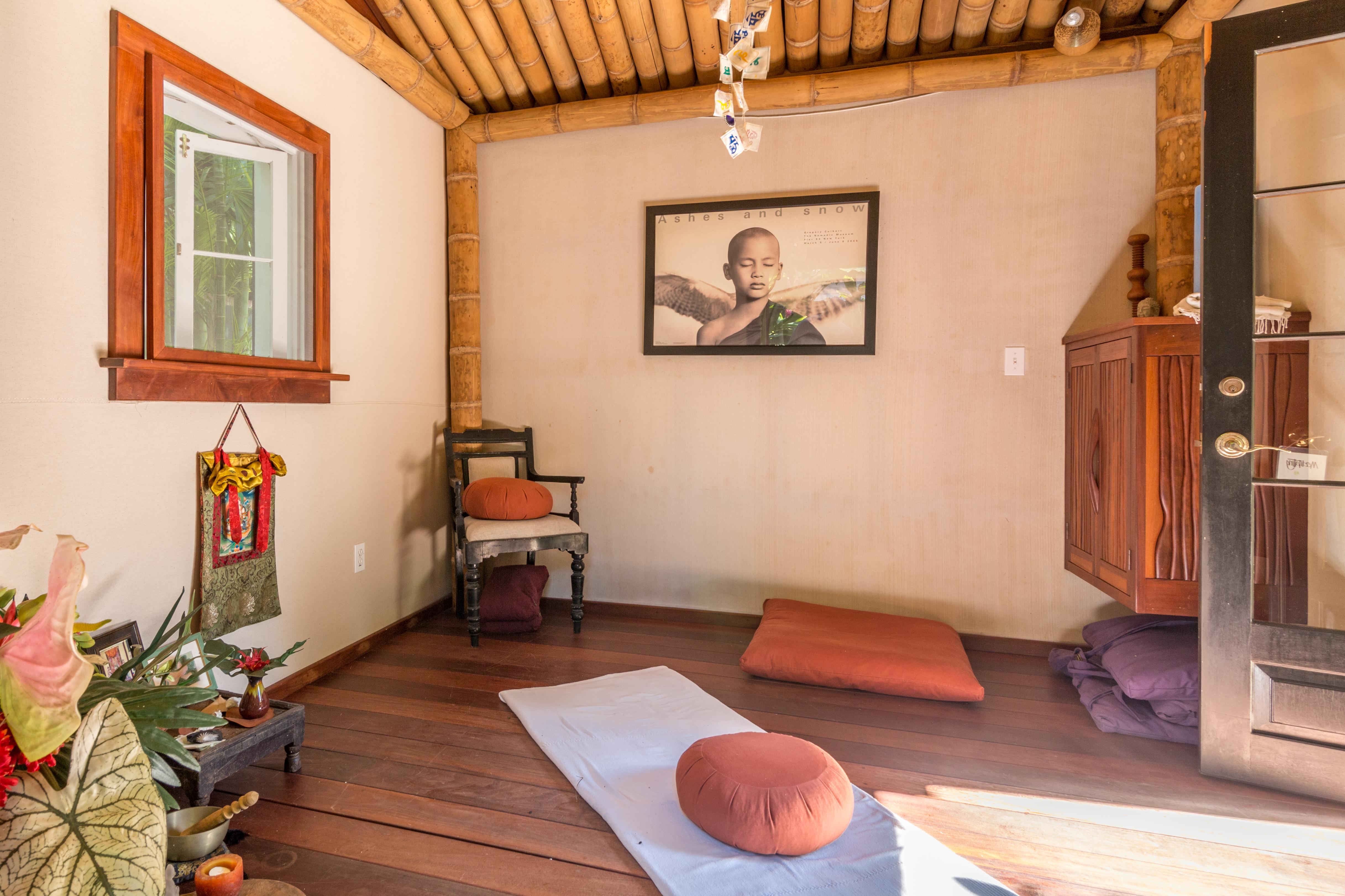 908 Fleming Yoga Studio Interior