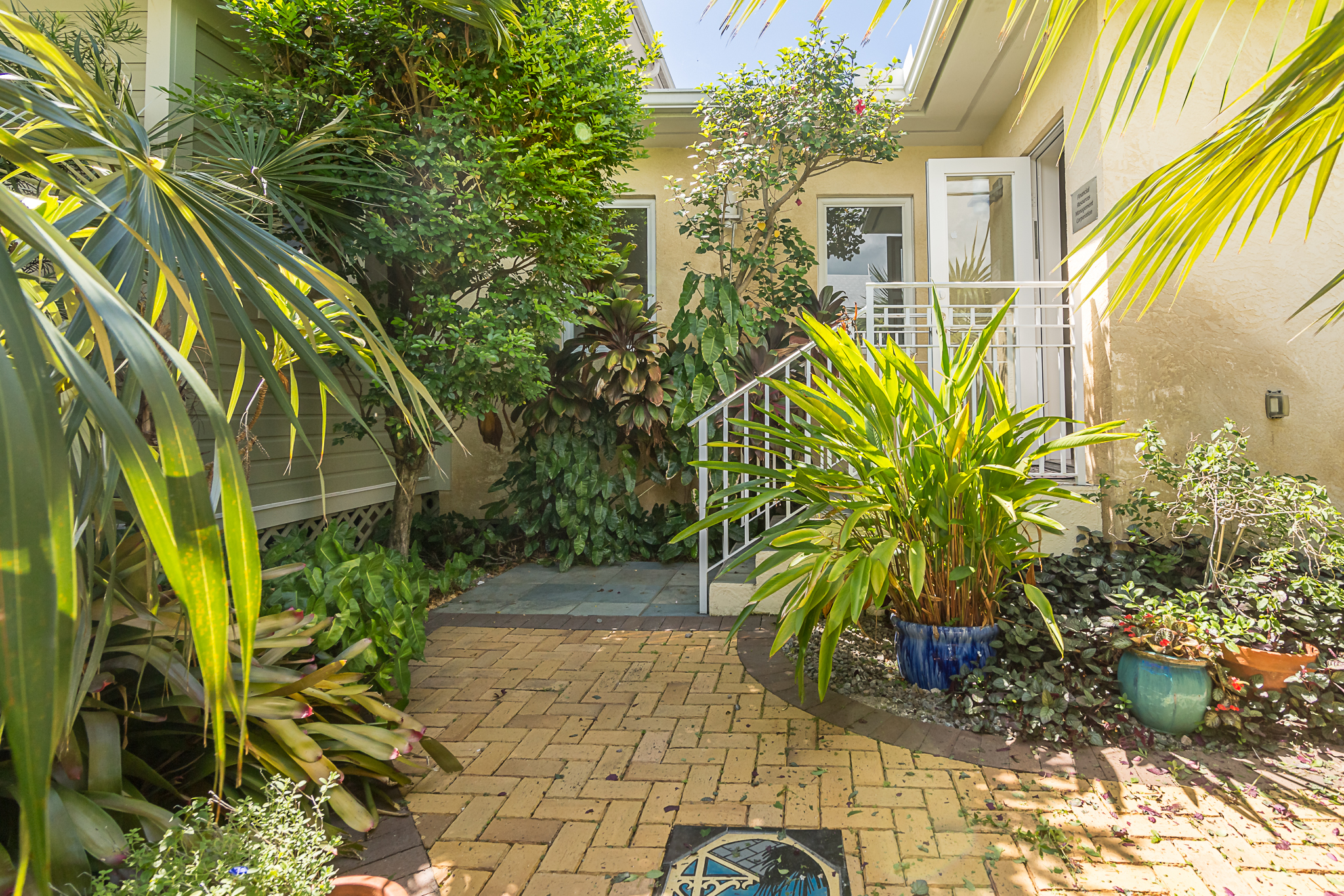 1414 Newton Separate Entrance Downstairs Master