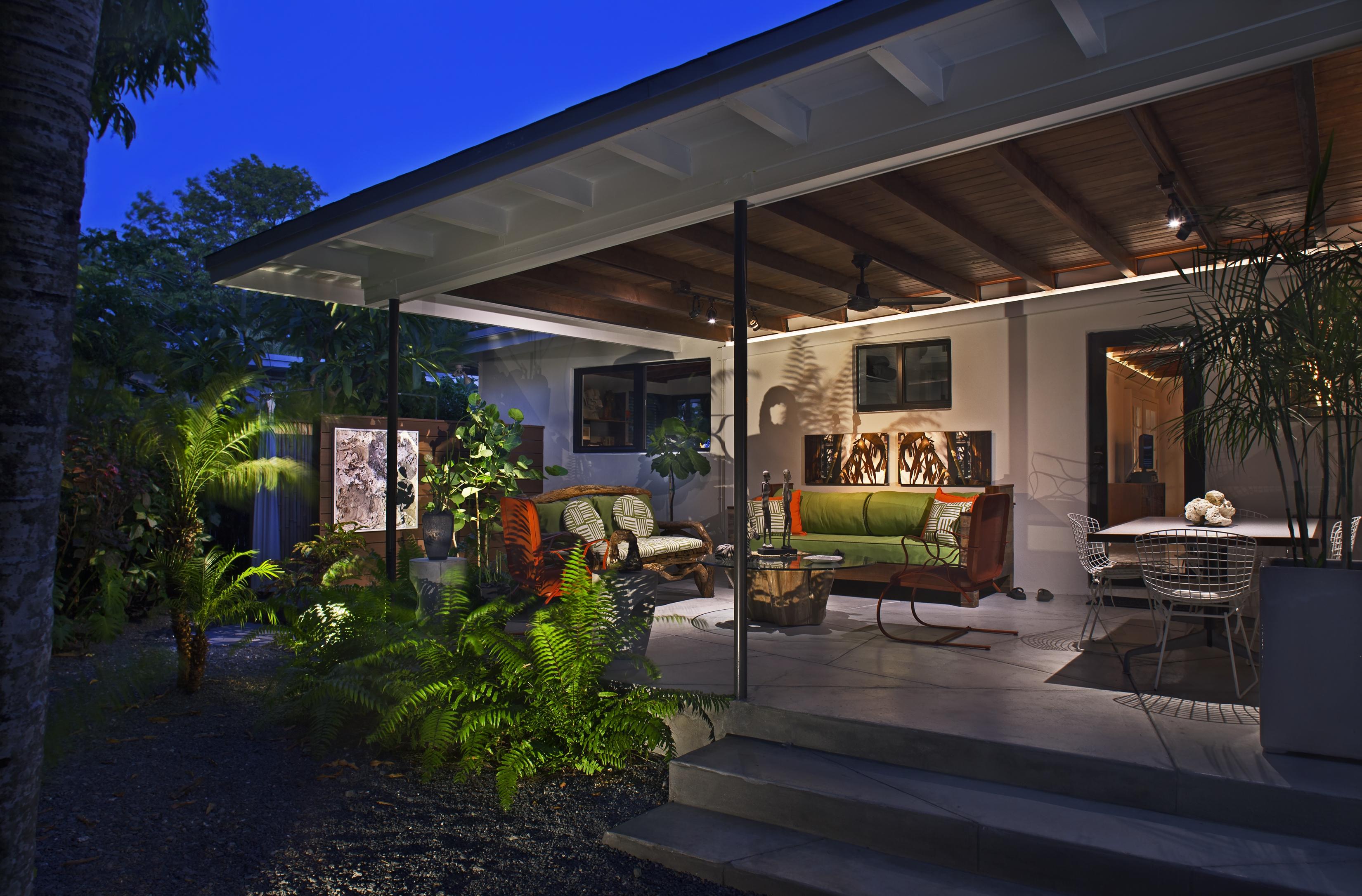 1517 Washington St Key West, Backyard at Night