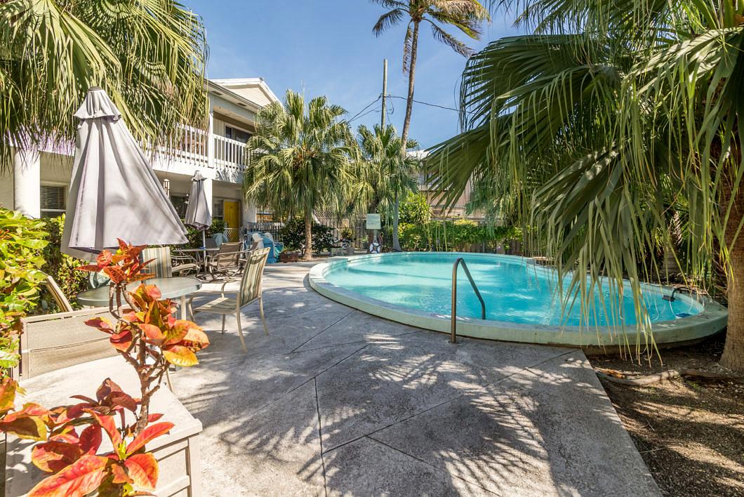 Virtual Tour: 3255 Duck Ave # 9, Key West