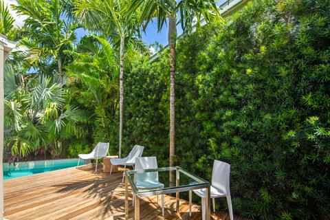 Outdoor Dining_711 Elizabeth St Key West