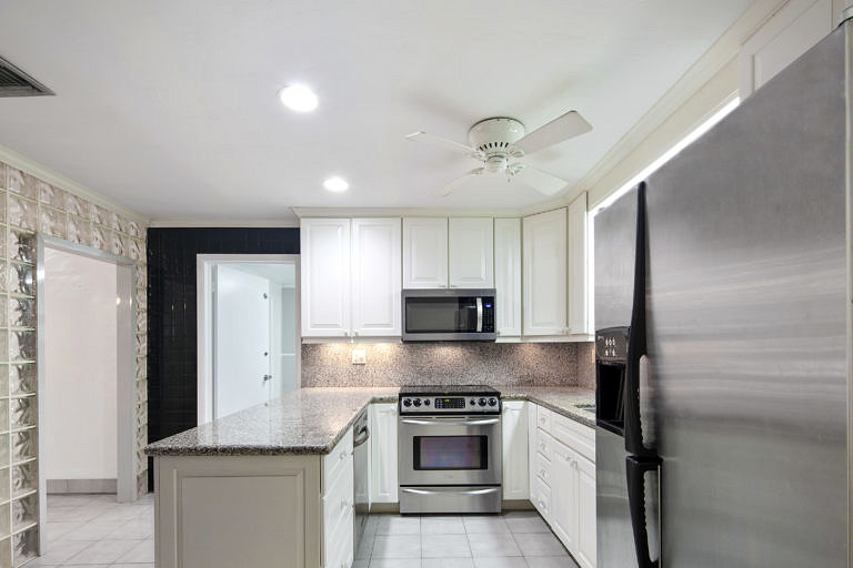 3825 Duck Avenue, Key West-Kitchen