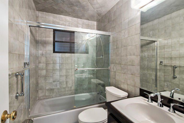 3825 Duck Avenue, Key West_Bathroom