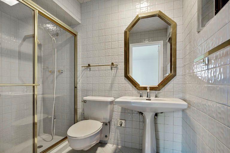 3825 Duck Avenue, Key West-Bathroom #2