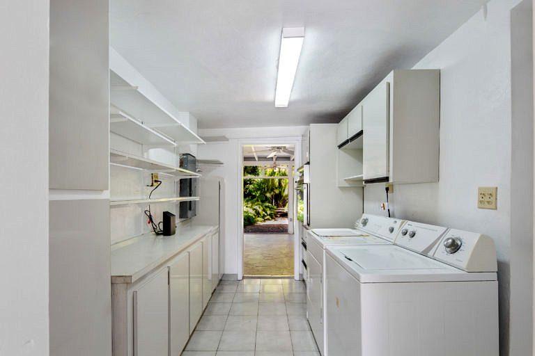 3825 Duck Avenue, Key West_Laundry Room