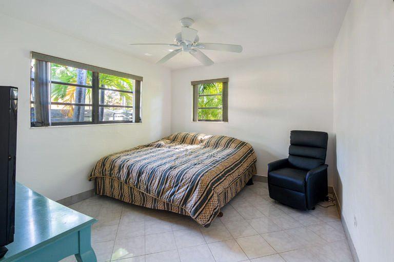 3825 Duck Avenue, Key West_Bedroom